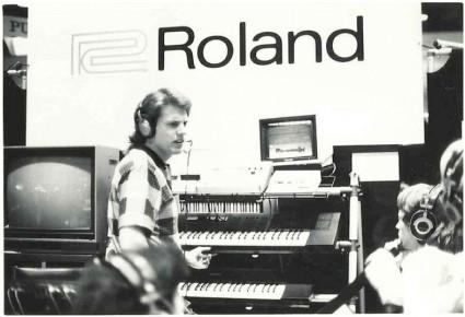 ローランドS-50の発表、1986年